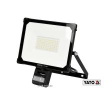 Прожектор с SMD-диодами и датчиком движения YATO 50 Вт 5000 лм 120° 70 диодов